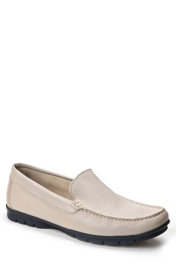 Sandro Moscoloni Diamond Embossed Loafer - White