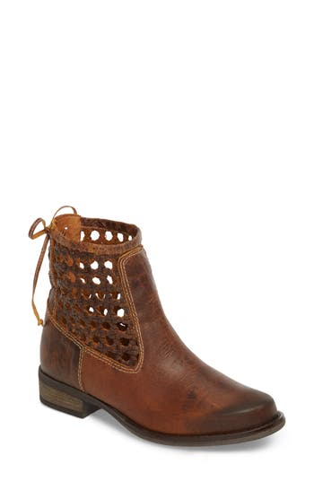Sbicca Alps Bootie, Brown