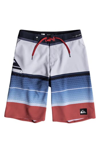Boys Quiksilver Highline Slab Board Shorts Size 26  White