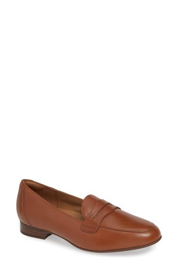 Clarks® Un Blush Go Penny Loafer