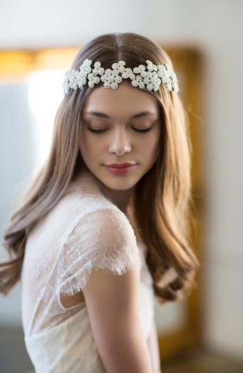 Brides & Hairpins Fiora Crystal Halo & Sash, Size One Size - Grey