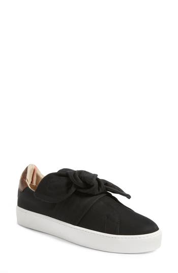 Burberry Knot Leather Sneaker - Black