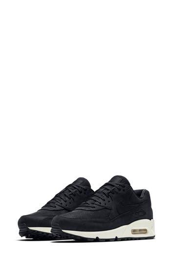 Nike Air Max 90 Pinnacle Sneaker