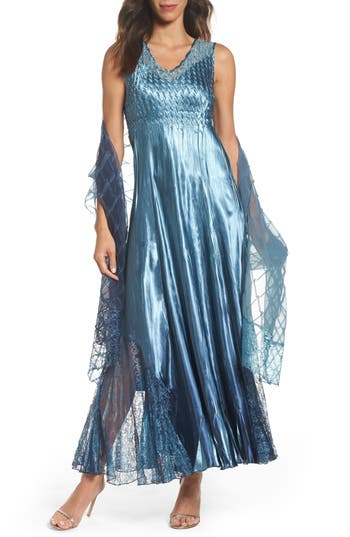 Women's Komarov Lace Back Gown & Shawl, Size Small - Blue