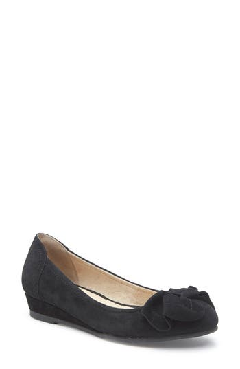 Me Too Martina Bow Ballet Wedge, Black