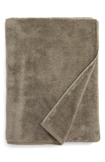 Matouk Milagro Bath Towel, Size One Size - Metallic