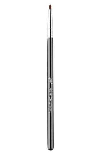 Sigma Beauty F68 Pin-Point Concealer™ Brush