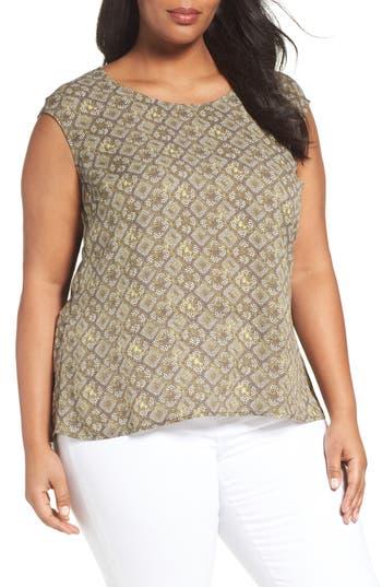 Plus Size Women's Sejour V-Neck Back Blouse