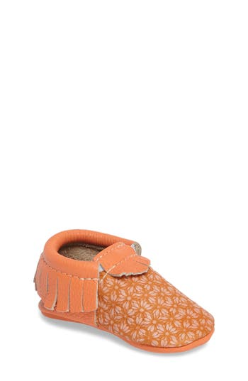 Infant Girl's Freshly Picked Daisy Moccasin Crib Shoe, Size 1 M - Orange