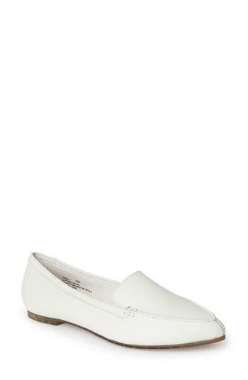 Me Too Audra Loafer Flat W - White