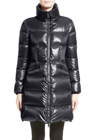 Moncler Jasminum Water Resistant Down Puffer Jacket, Blue