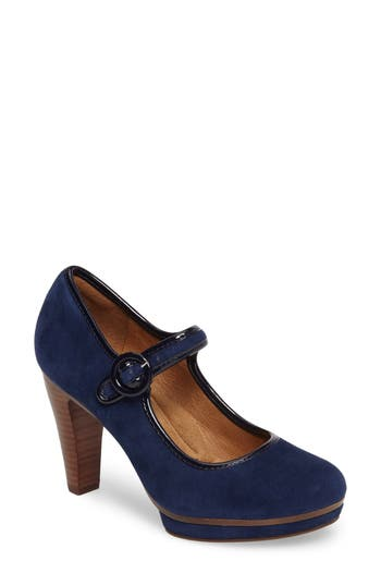 Women's Söfft Monique Mary Jane Platform Pump