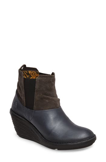 Fly London Sula Wedge Bootie - Black