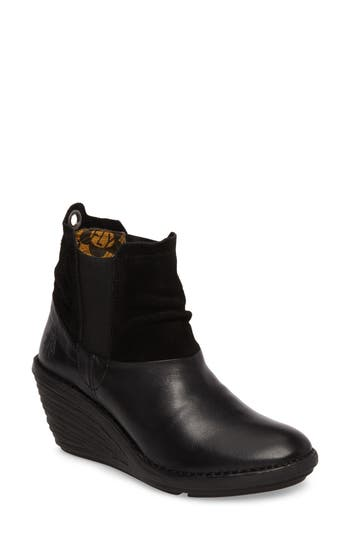 Fly London Sula Wedge Bootie, Black