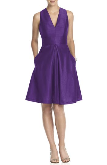 Women's Alfred Sung V-Neck Dupioni Cocktail Dress, Size 12 - Purple