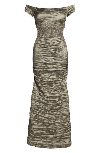 Alex Evenings Off The Shoulder Crinkle Satin Trumpet Gown, Grey