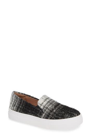 Caslon® Alden Slip-On Sneaker