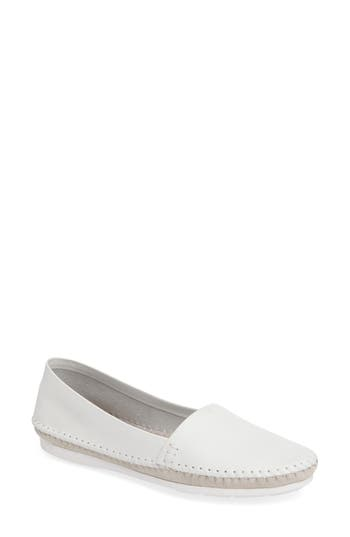 Charles By Charles David Star Flat- Grey