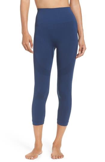 Women's Climawear Set The Pace High Waist Capri Leggings
