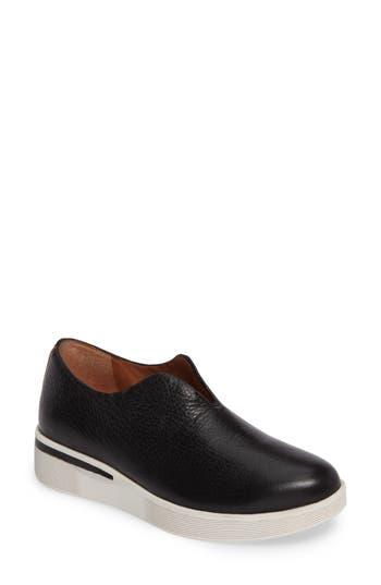 Gentle Souls Hanna Slip-On Sneaker, Black