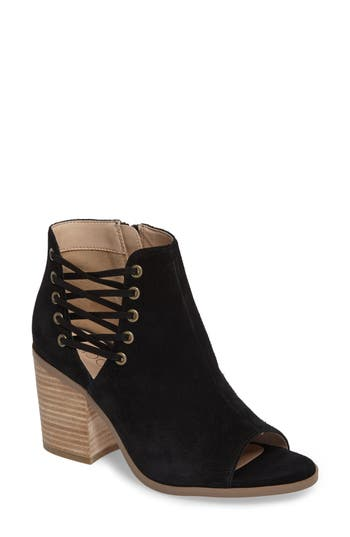 Sole Society Beechwood Peep Toe Bootie- Black