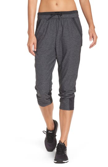 Under Armour Tech(TM) Twist Capris, Black