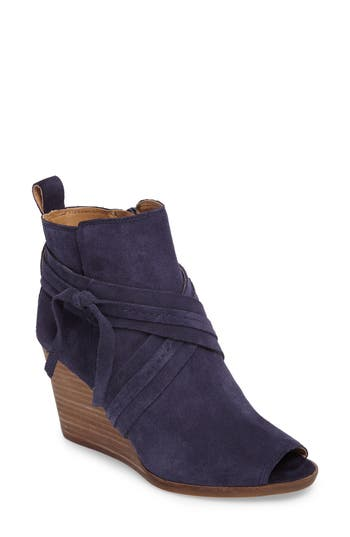 Lucky Brand Udom Wedge Bootie, Blue