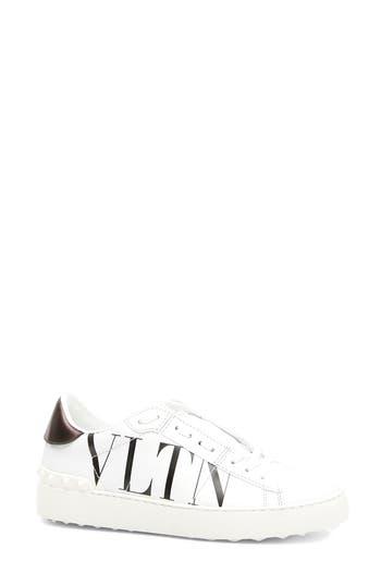 VALENTINO GARAVANI VLTN Logo Low Top Sneaker