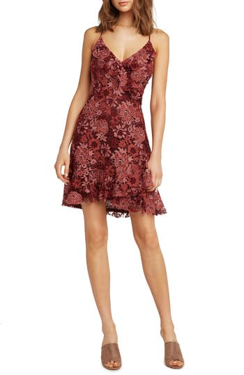 WILLOW & CLAY RUFFLE LACE DRESS