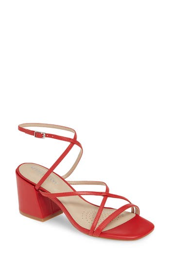 Kenneth Cole New York Maisie Sandal (Women)