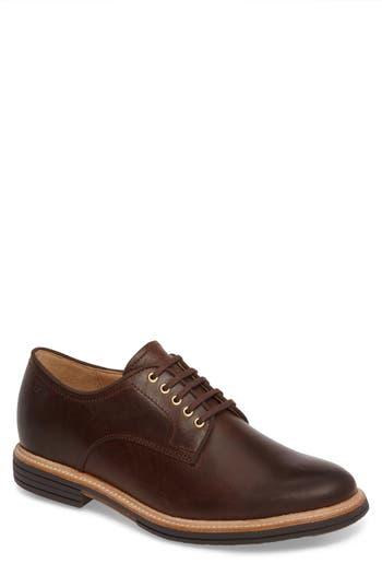 UGG® Jovin Buck Shoe