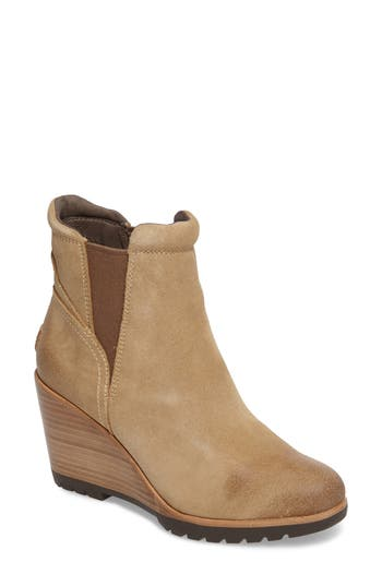 Sorel After Hours Chelsea Boot- Beige