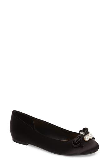 Jewel Badgley Mischka Adeline Bow Flat- Black