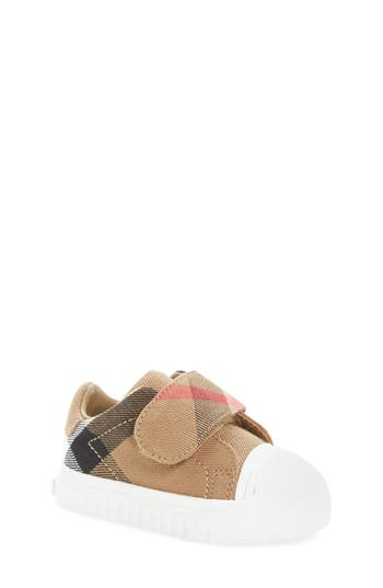 Infant Girls Burberry Beech Crib Sneaker Size 15US  17EU  Black
