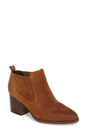 Isola Olicia Gored Bootie, Red