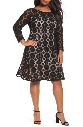 Plus Size Adrianna Papell Textured Floral Lace Shift Dress, Black
