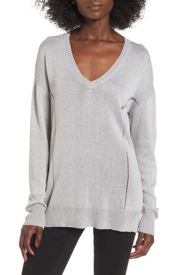 Women's Astr The Label Open Lines V-Neck Sweater