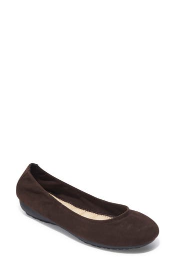 Me Too Janell Sliver Wedge Flat- Brown
