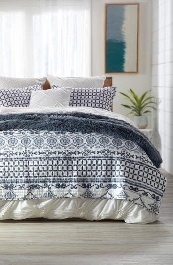 Levtex Alexandria Quilt, Size King - Blue