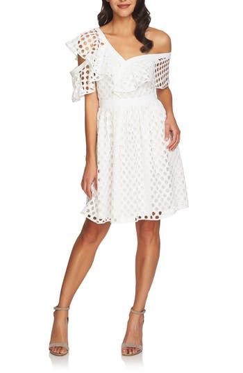Women's Cece Off The Shoulder Ruffle Dress, Size 0 - White