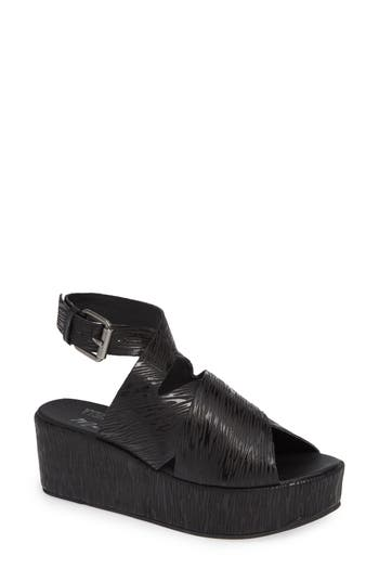 Amuse Society x Matisse Runway Wedge Sandal