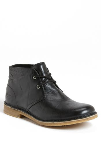 UGG® Leighton Chukka Boot