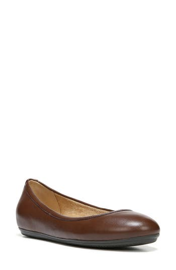 Naturalizer Brittany Ballet Flat, Brown