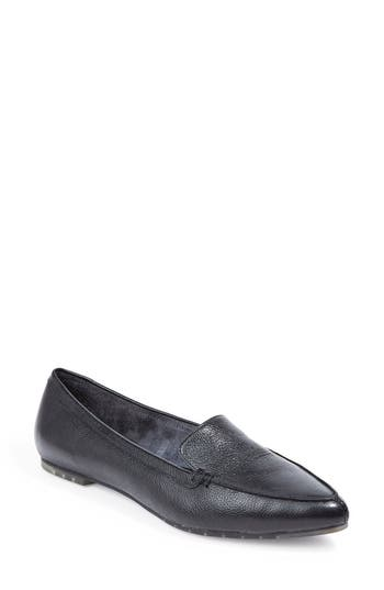 Me Too Audra Loafer Flat- Black