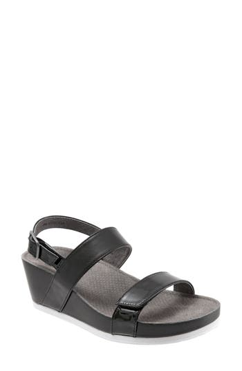 Softwalk Hart Wedge Sandal