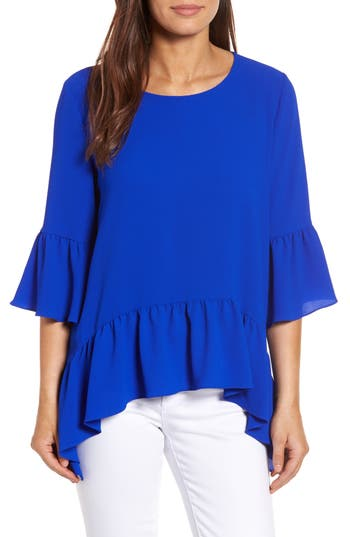 Petite Women's Gibson Ruffled Handkerchief Hem Top at NORDSTROM.com