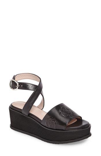 Taryn Rose Paola Platform Sandal, Black