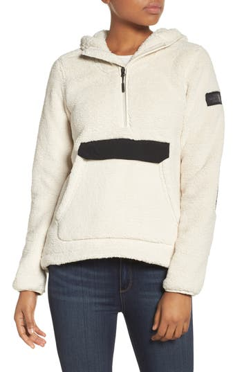 The North Face Campshire High Pile Fleece Pullover Hoodie, White