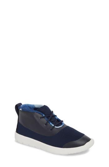 Boys Ugg Seaway Chukka Boot Size 4 M  Blue