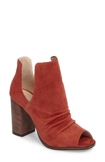 Kristin Cavallari Lash Split Shaft Bootie- Red